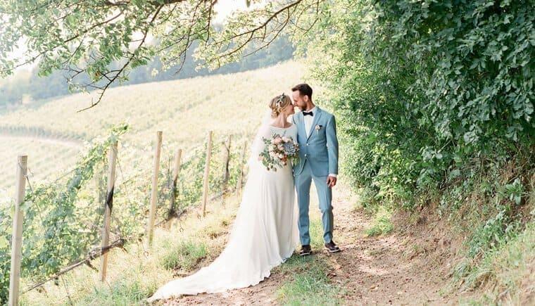 Vineyard Summer Wedding by Melanie Nedelko