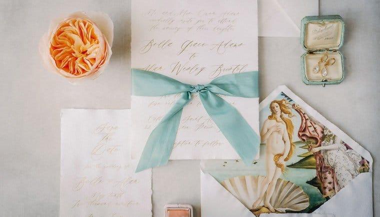 Fine Art Bridal Boudoir in Mint and Peach von Vivid Symphony