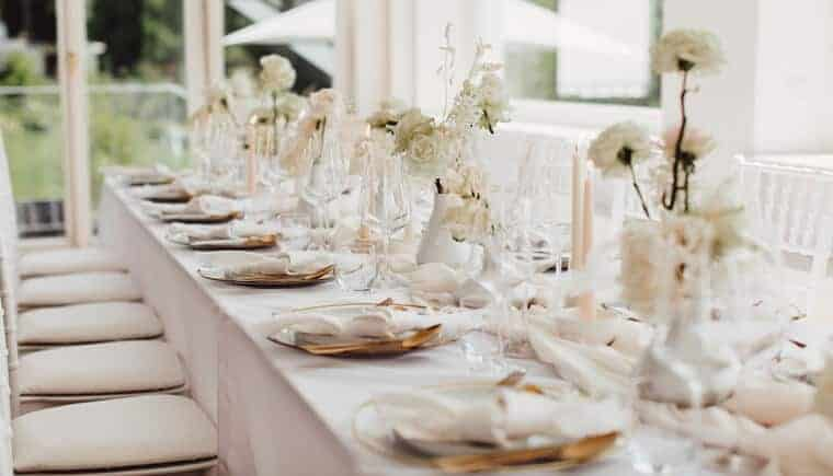 Artful wedding world with timeless elegance