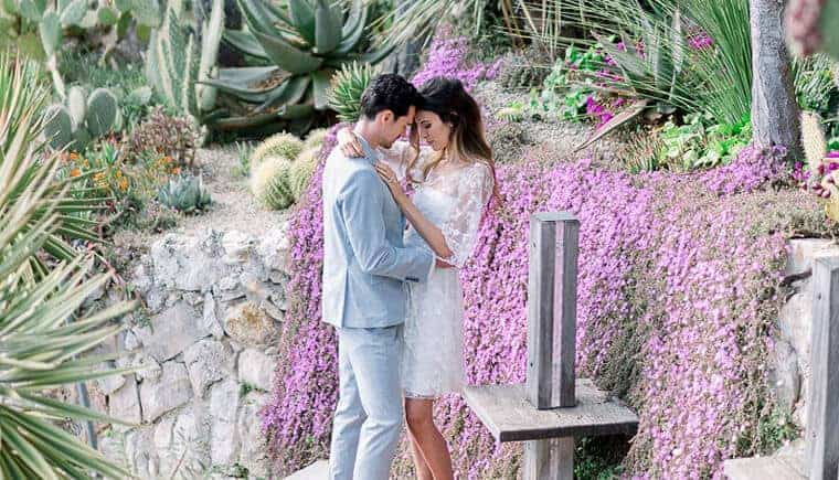 Engagement session in idyllic Èze at the French Rviera